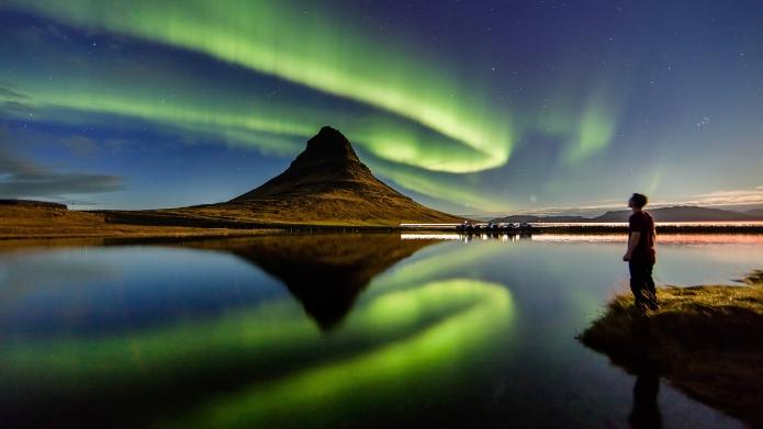 Jak zobaczyć zorzę polarną, czyli polowanie na zorzę na Islandii